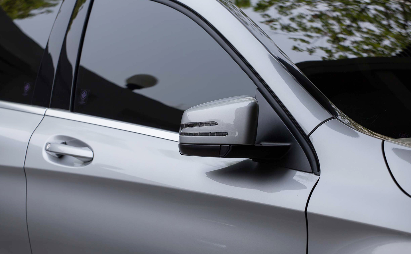 What You Need to Know Before Going For Car Window Tinting